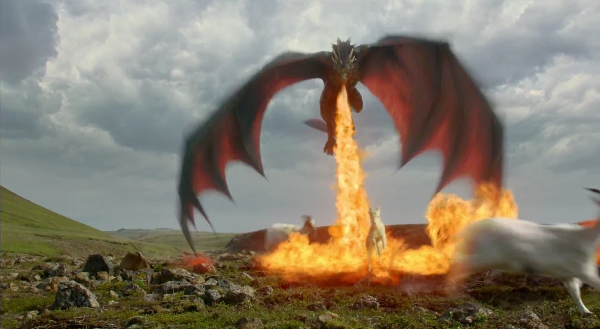 Drogon torches a goat in the Game of Thrones season 4 episode