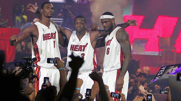 Eles cantam, eles dançam, eles pulam, se duvidar eles até jogam! Mas será que jogam o suficiente para carregar o Miami ao topo da NBA?