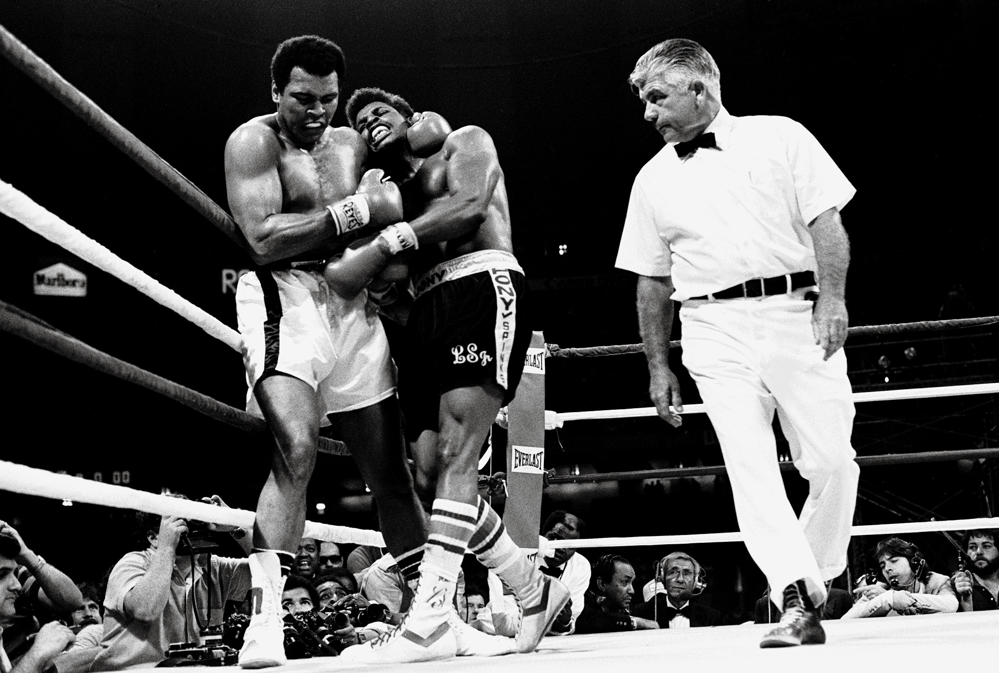 Tyson Mike Spinks Vs Leon