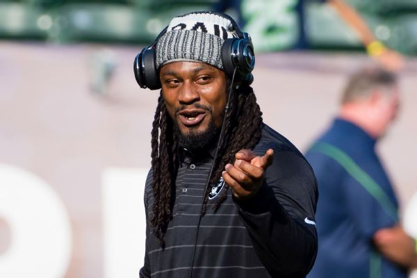 Ex-NFL star Lynch to invest in MMA league PFL