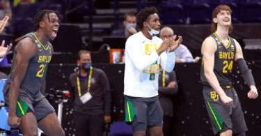 Trending: Magic Johnson, Trae Young and others react to Baylor's first title
