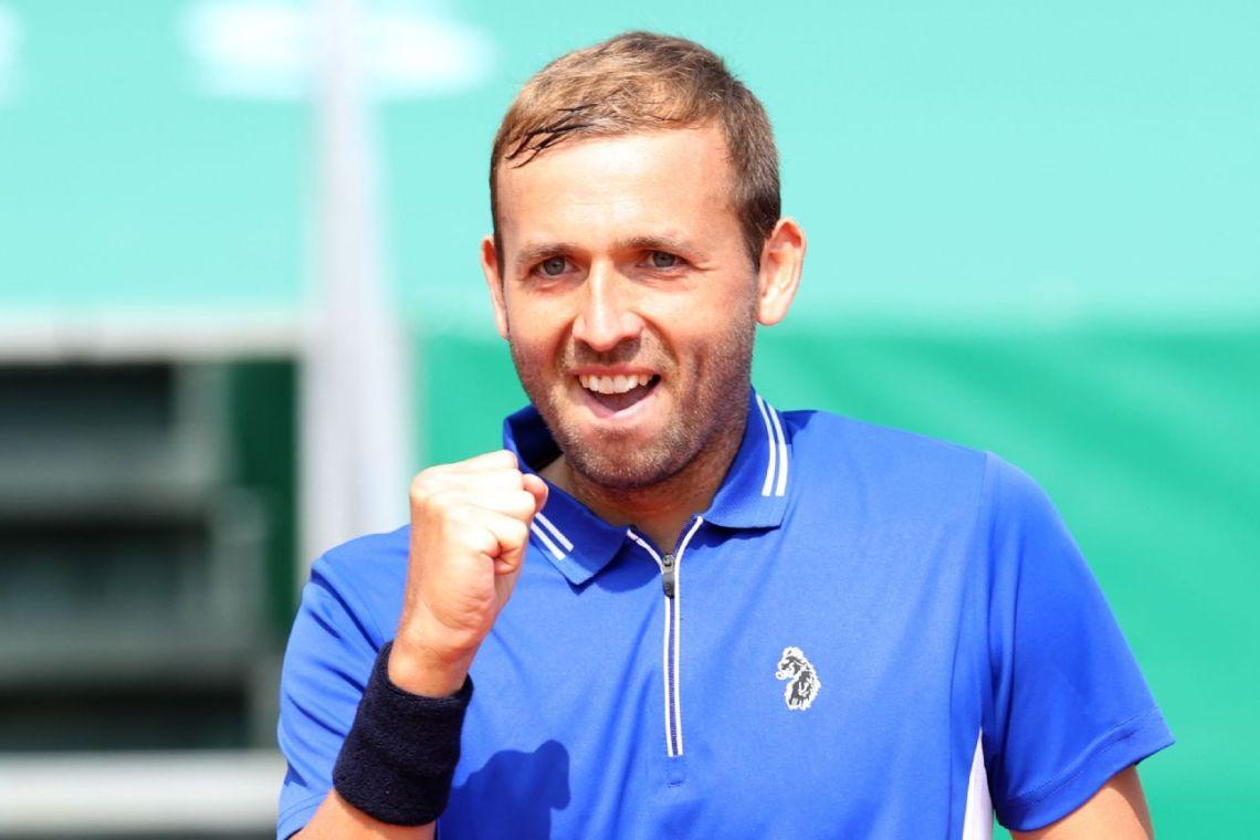 Evans ends Djokovic streak at 10 in Monte Carlo