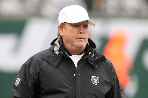 Raiders' Davis says 'I can breathe' tweet his idea