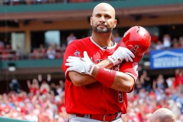 Pujols agrees to deal with Dodgers, sources say