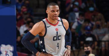 Fan gets arena ban for Westbrook popcorn spill