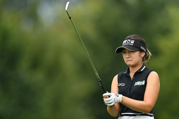 Lee6 opens 5-shot lead at Evian Championship
