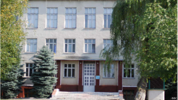 школа в Кельменцях