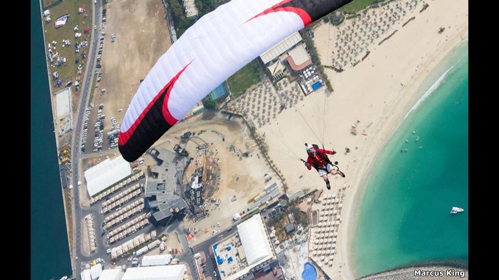 Eliot Nochez sobre Palm Jumeirah. Foto: Marcus King