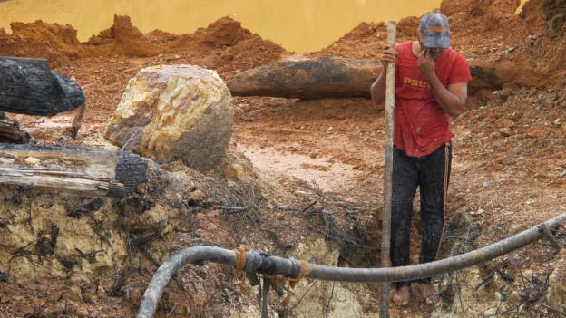 Un minero en Venezuela