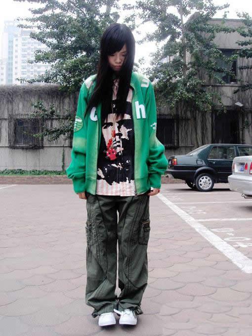 非主流衣服的圖片-非主流衣服搭配圖片