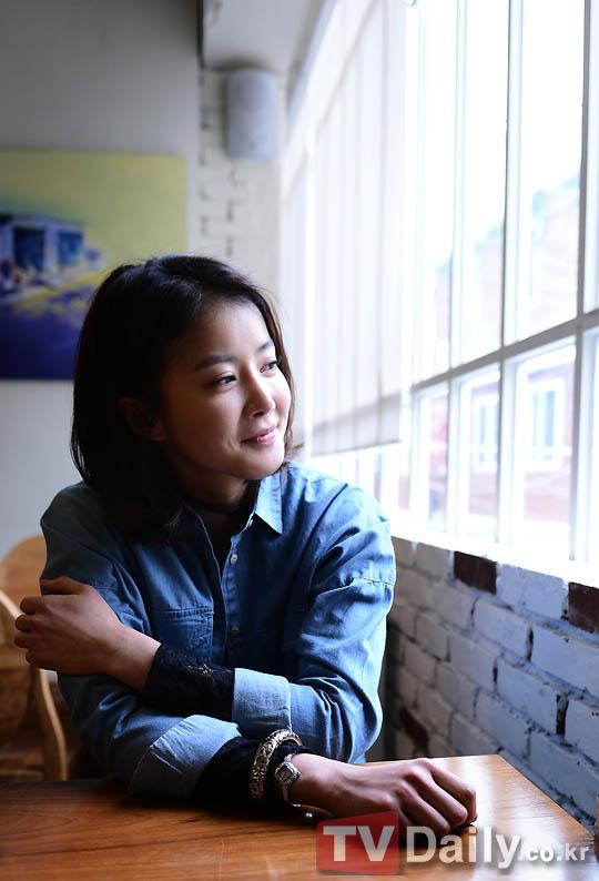 李詩英專訪:與吳政世的爛醉吻戲純粹是即興表演 - KSD 韓星網 (專題)