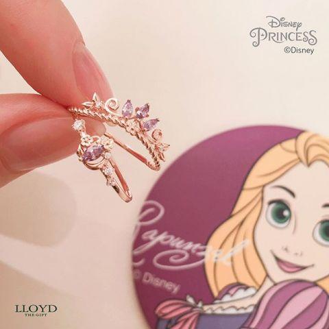 Disney和LLOYD聯名推出5位公主的項鍊和戒指。顏值爆表的「閨蜜戒」超吸睛! - KSD 韓星網 (生活)