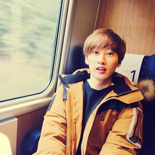Super Junior銀赫更新Instagram 祝賀圭賢奪得一位! - KSD 韓星網 (KPOP)