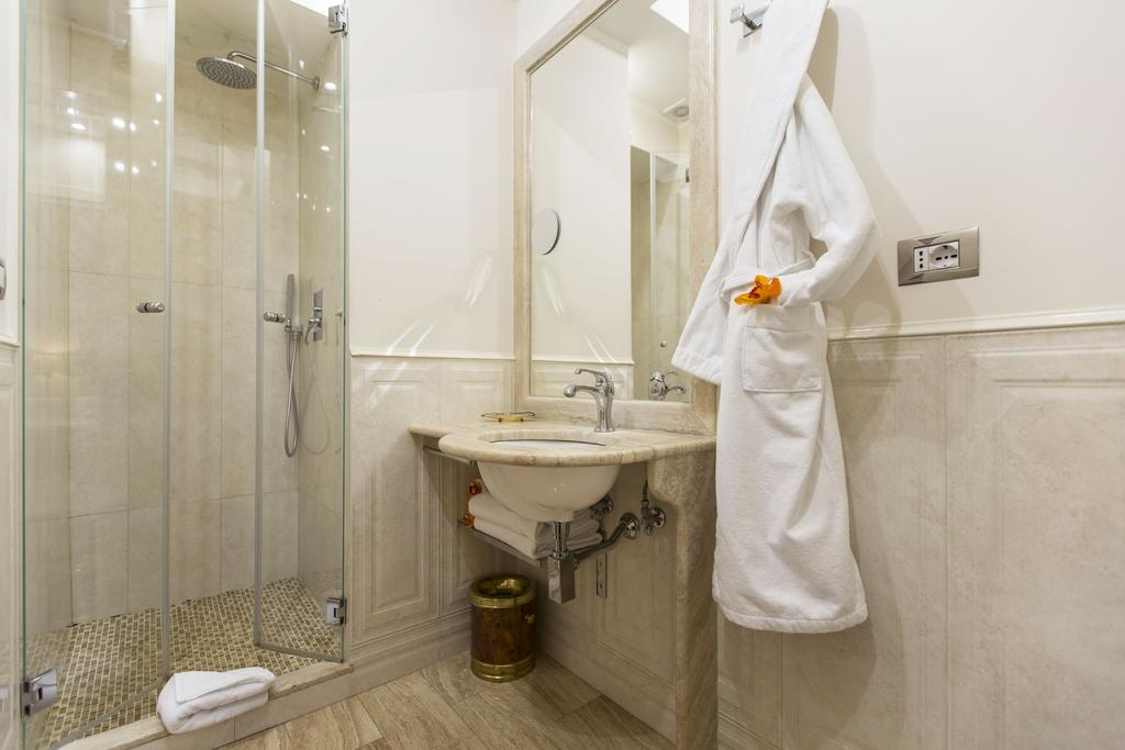 Royal Suite Trinita Dei Monti In Rome Italy Holidays From