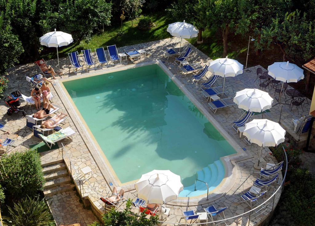 Hotel Tourist In Sorrento Italy Holidays From 323 Pp