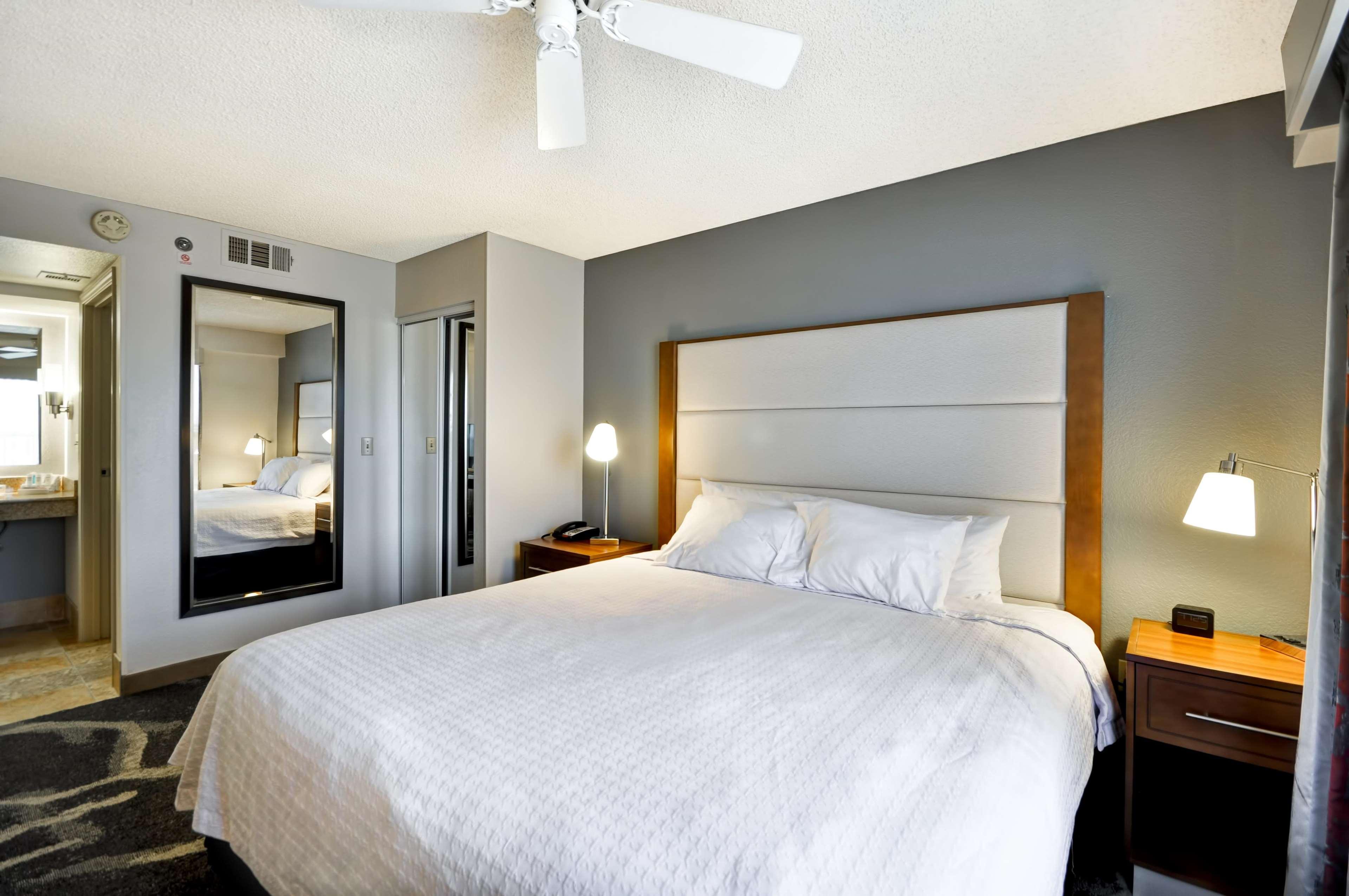 Homewood Suites by Hilton PhoenixBiltmore Phoenix