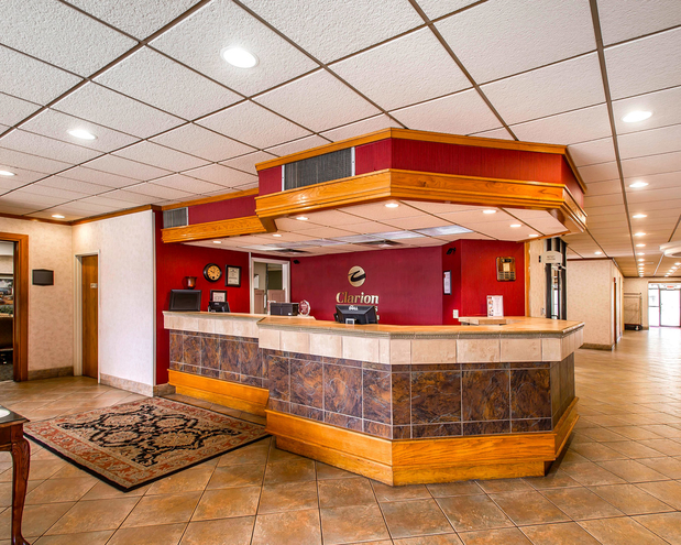 Clarion Inn Amp Suites In Dothan AL 36301 Citysearch