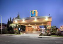 Comfort Inn and Suites Oakland CA