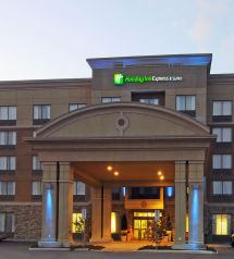 Holiday Inn Express Suites Norfolk VA