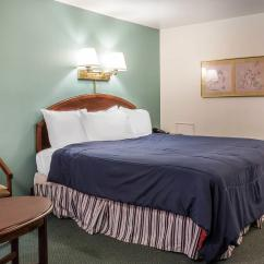 Sofa Beds Londonderry Wood Set Hd Images Rodeway Inn And Suites Hershey Pennsylvania Pa