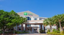 Holiday Inn Express & Suites West Ocean City In