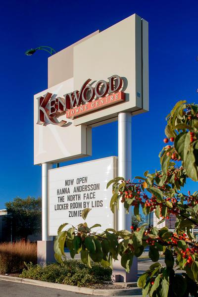 Kenwood Shopping Center : kenwood, shopping, center, Kenwood, Towne, Centre, Montgomery, Cincinnati,, Shopping, Centers, Malls, MapQuest