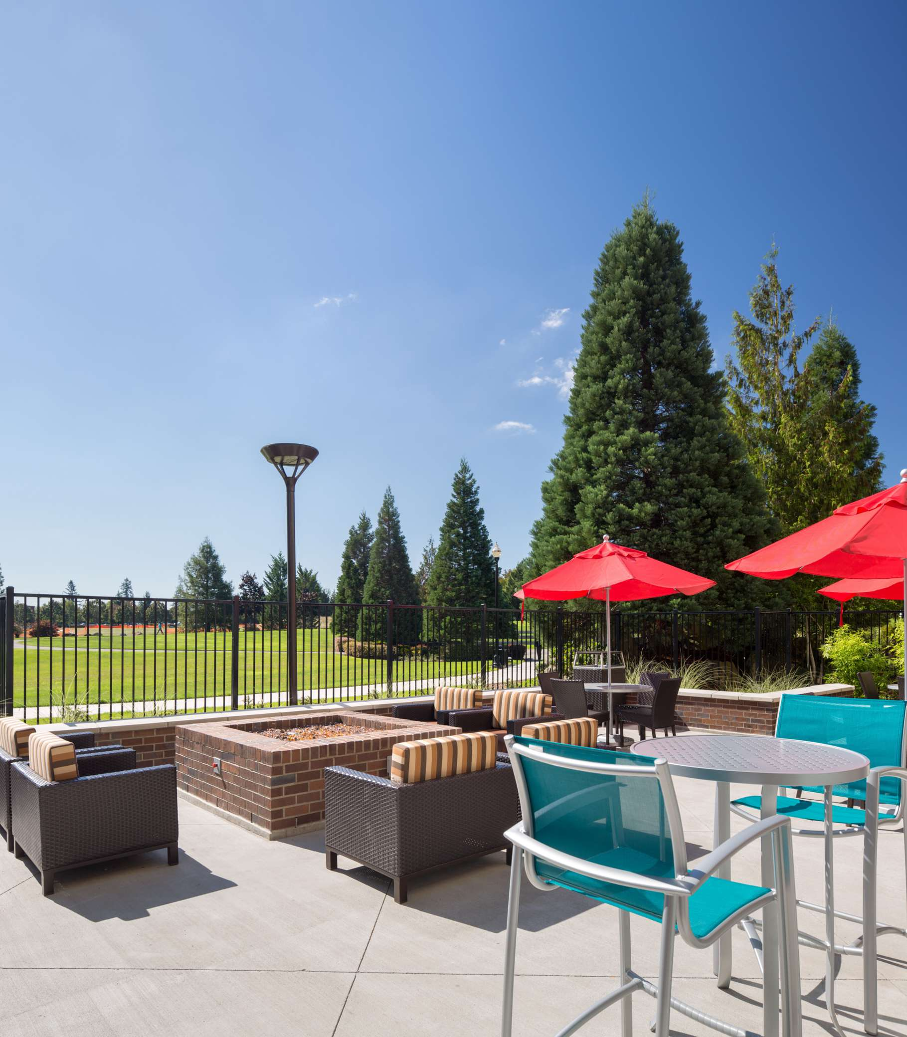 hotels with kitchens in portland oregon kitchen cabinets island towneplace suites by marriott vancouver ...