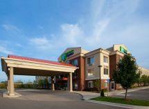 Holiday Inn Express Farmington Hills Michigan