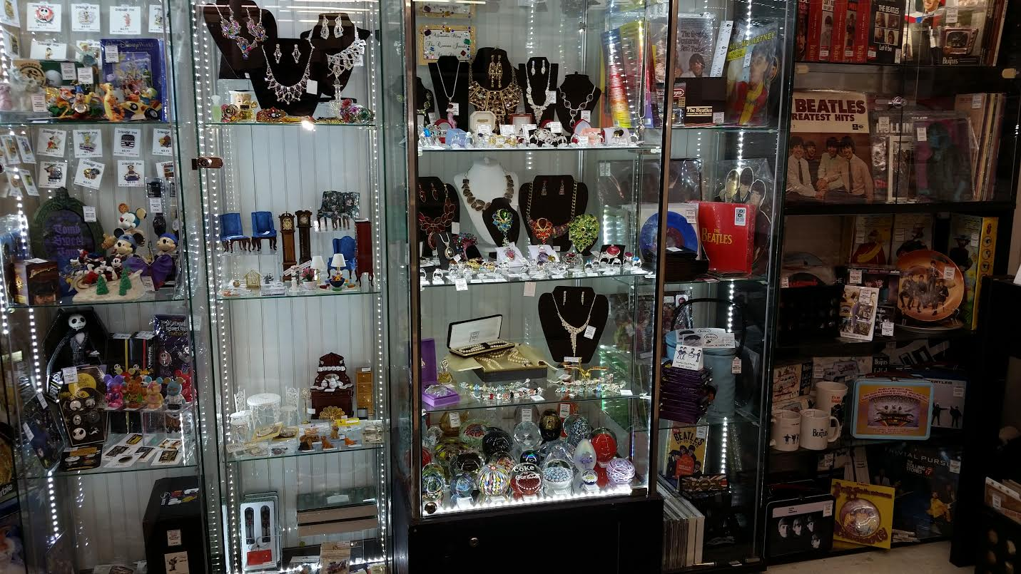 Small Furniture Stores Near Me