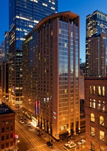 SpringHill Suites Chicago Downtown River North