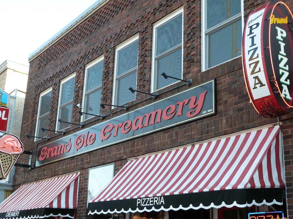 Grand Ole Creamery  Grand Pizza Saint Paul Minnesota MN  LocalDatabasecom