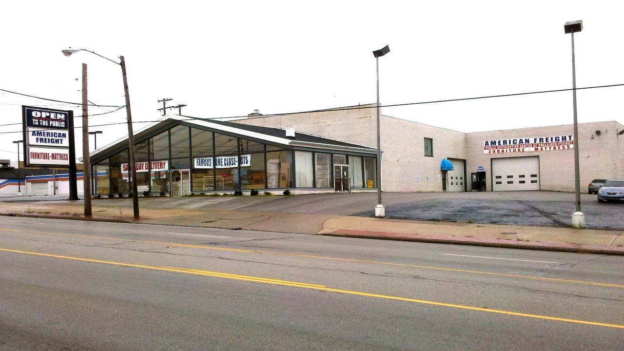 American Freight Furniture And Mattress In Parma OH 44129