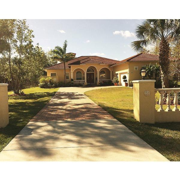 Bear Country Living In Naples Fl - Senior Services Yellow Pages Directory