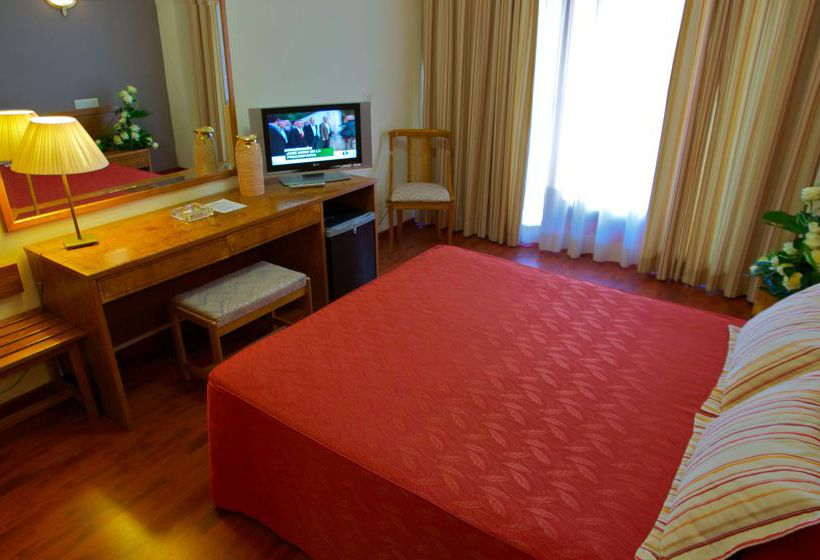 Hotel Borgia en Ganda desde 24   Destinia