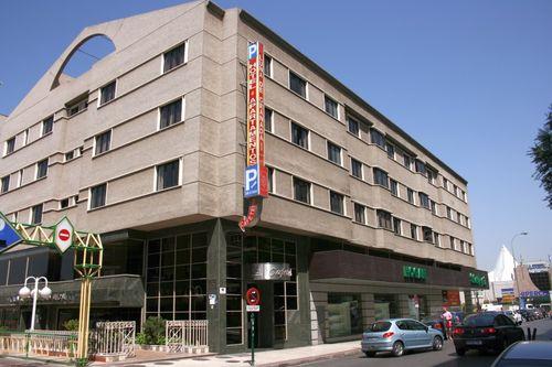 Ma Hotel Luna Arabial en Granada  Destinia