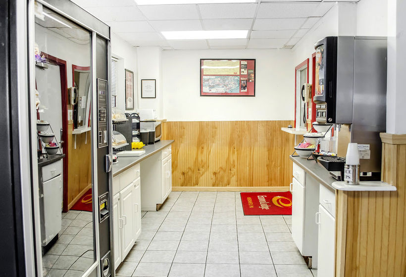 Hotel Econo Lodge Hershey The Best Offers With Destinia