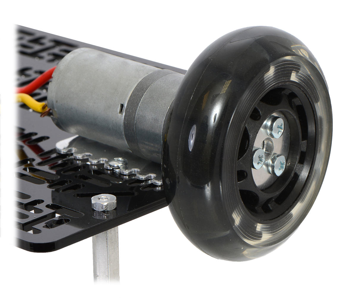hight resolution of a 25d mm gearmotor connected to a scooter wheel by the 4 mm scooter wheel adapter