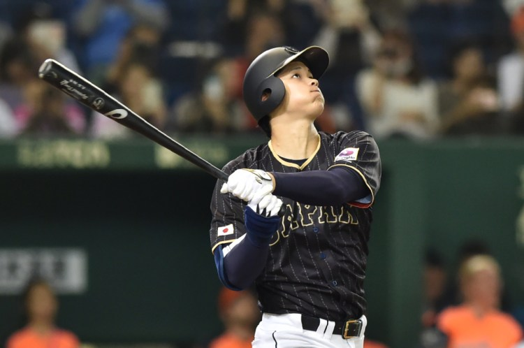 Japanese pitcher-hitter Shohei Ohtani chooses the Angels ...