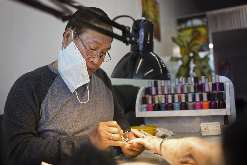 Slideshow In Vietnamese nail salons a push to breathe