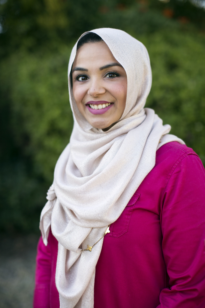 In the united states, wearing hijab clothing is a right guaranteed by the first amendment—as. Climate Of Fear Has Some Muslim Women Making Difficult Decisions About Wearing Hijab 89 3 Kpcc