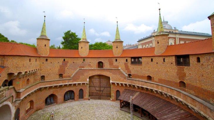 Fotos de Castillos y palacios: Ver imágenes de Barbican de Cracovia