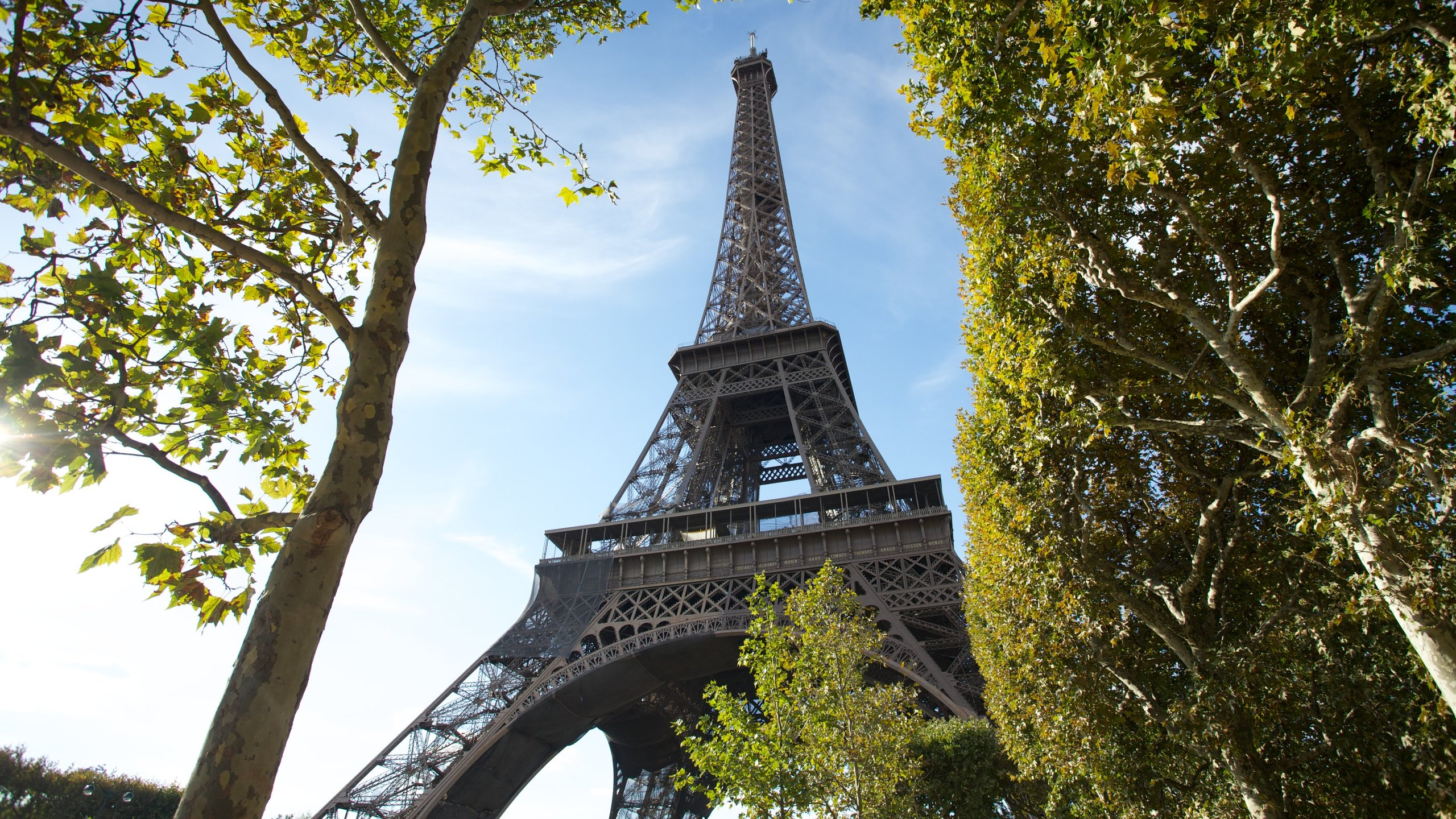 10 Best Hotels Closest To Eiffel Tower In Paris For 2020