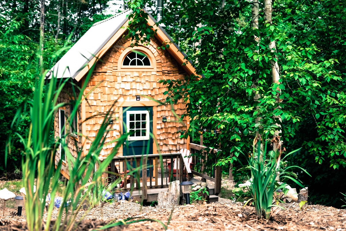 Crooked River Tiny House Tiny Houses For Rent In