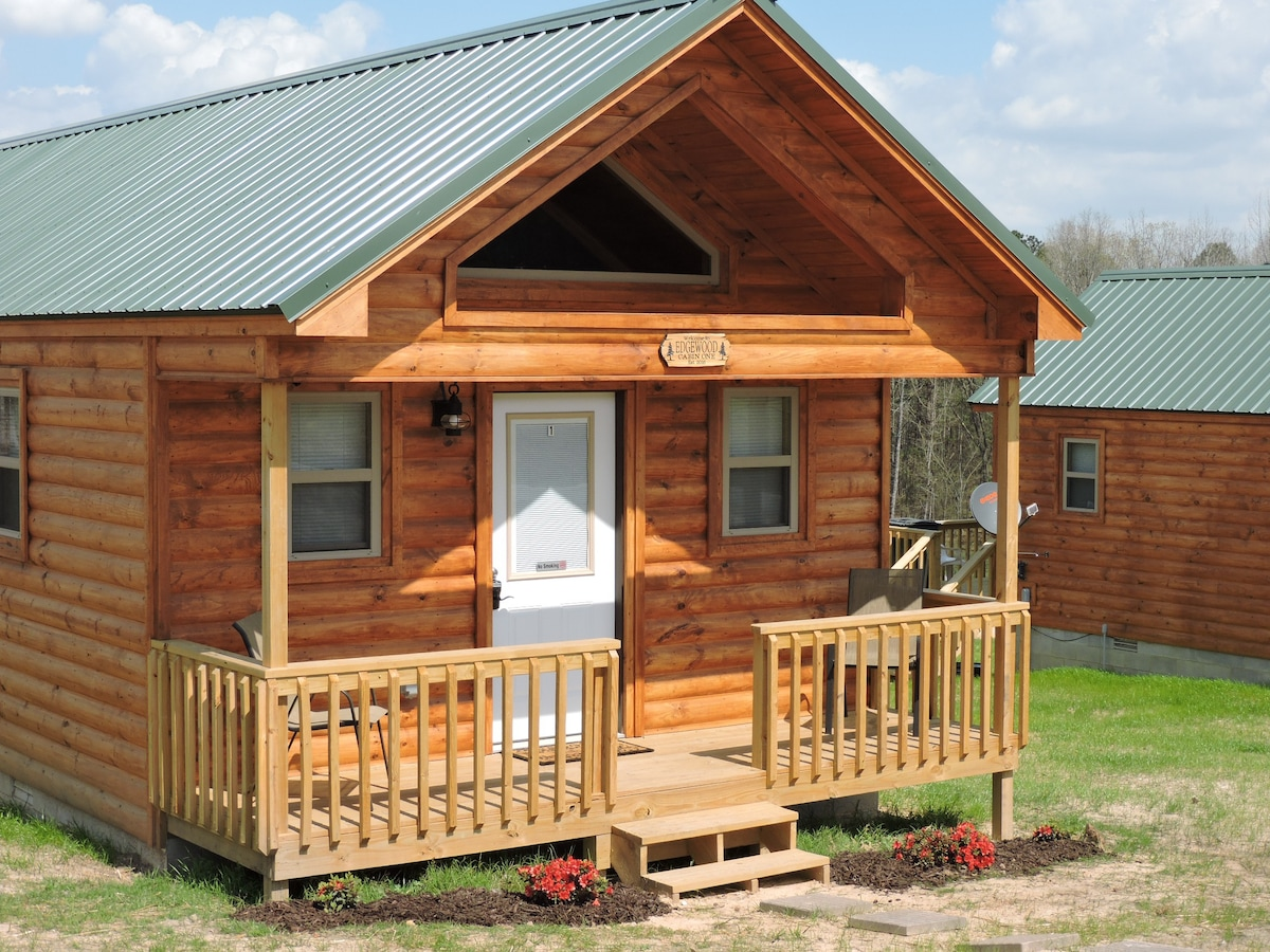 Cabin One Edgewood Cabins at DeGray Lake  Cabins for Rent