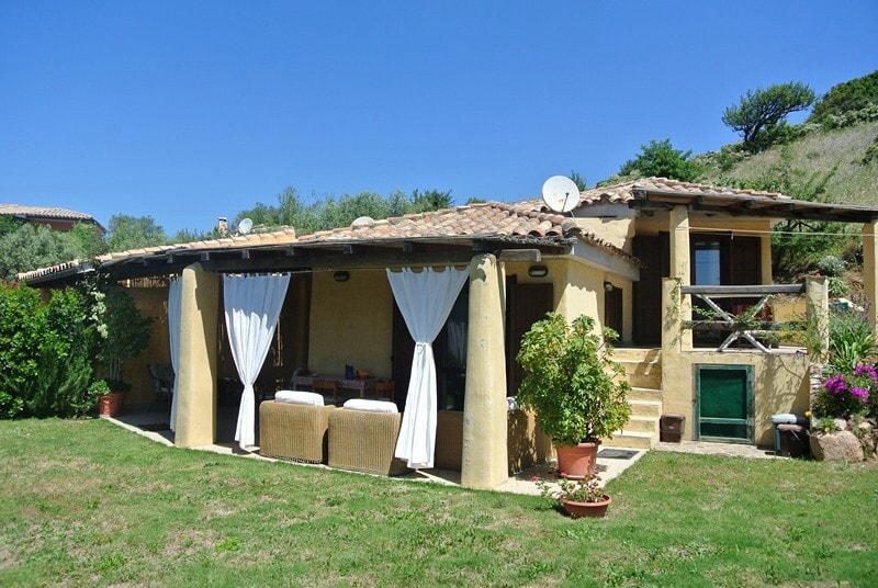 Villetta in elegante villaggio  Houses for Rent in Domus De Maria Sardegna Italy