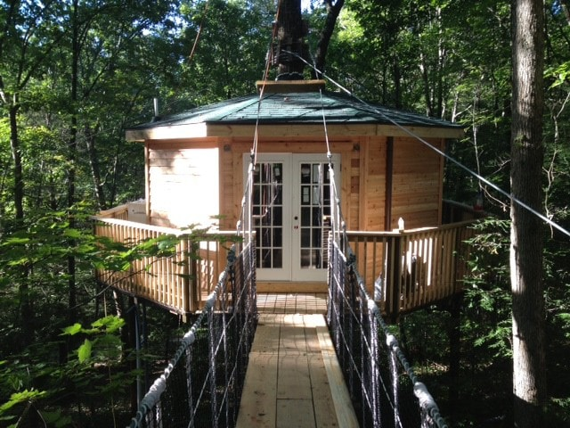 Holly Rock Treehouse  built just for 2  Treehouses for