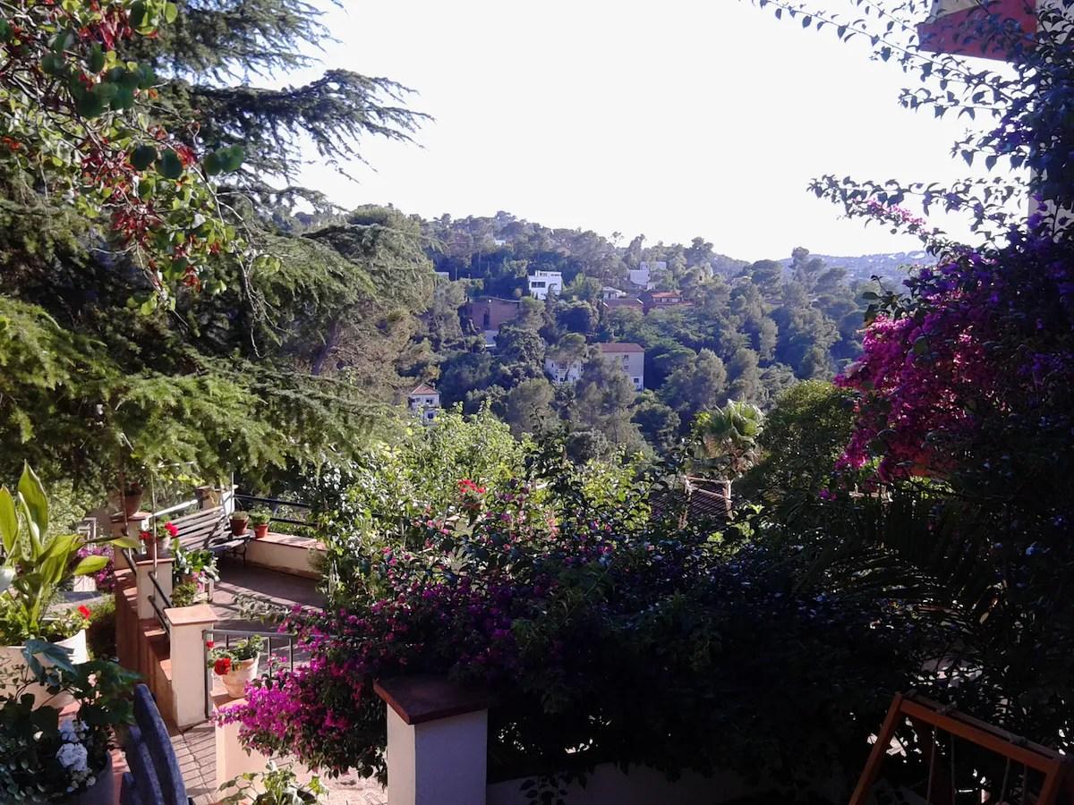 Habitaciones La FlorestaBarcelona  Houses en alquiler en