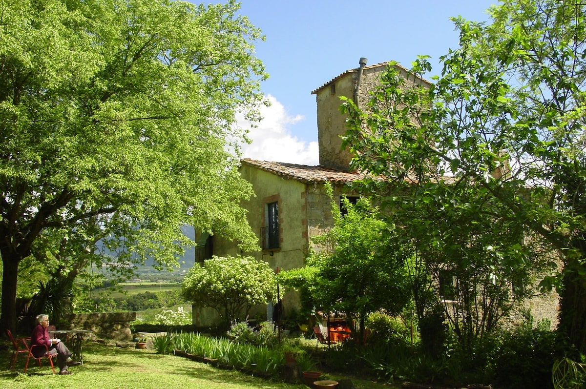 cottage in the prePyrenees girona  Chambres dhtes  louer  Argelaguer Catalogne Espagne