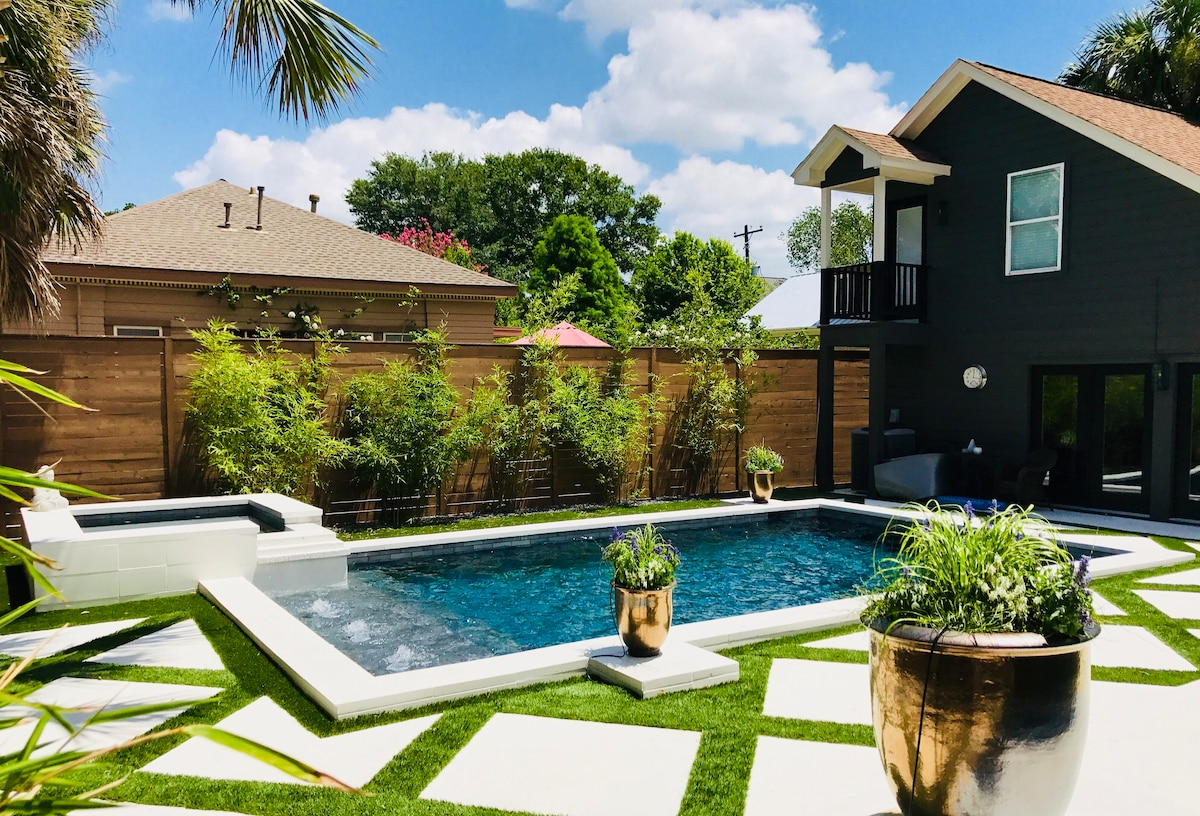 Luxury Montrose Pool Guest House Guesthouses For Rent