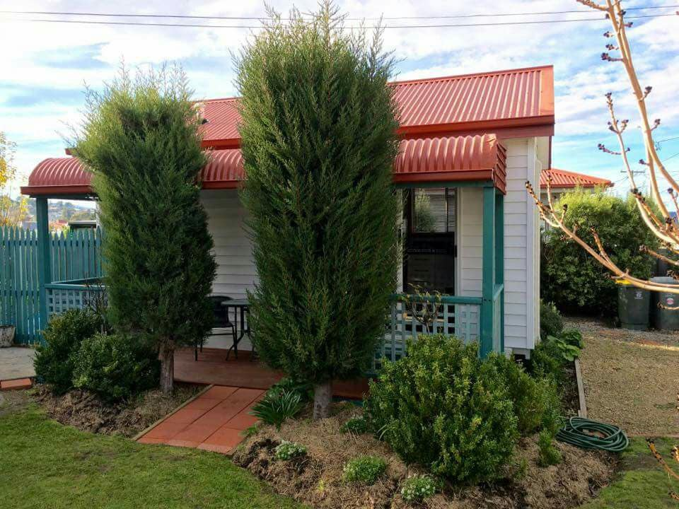 The Garden House Bnb Moonah Tiny Houses For Rent In